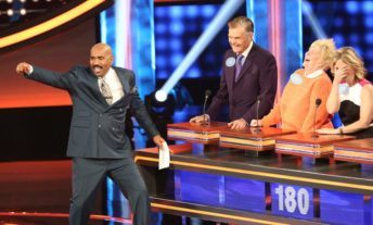 watch Celebrity Family Feud online