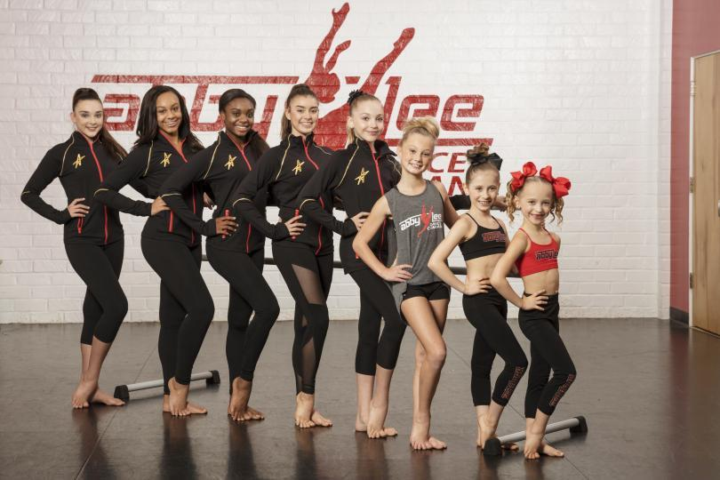 watch Dance Moms online