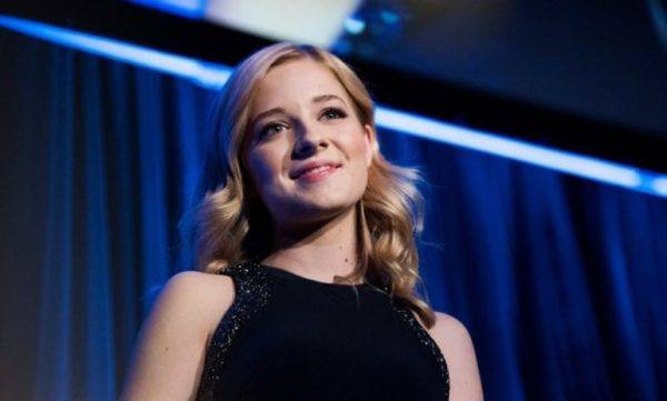 Watch Growing Up Evancho Online