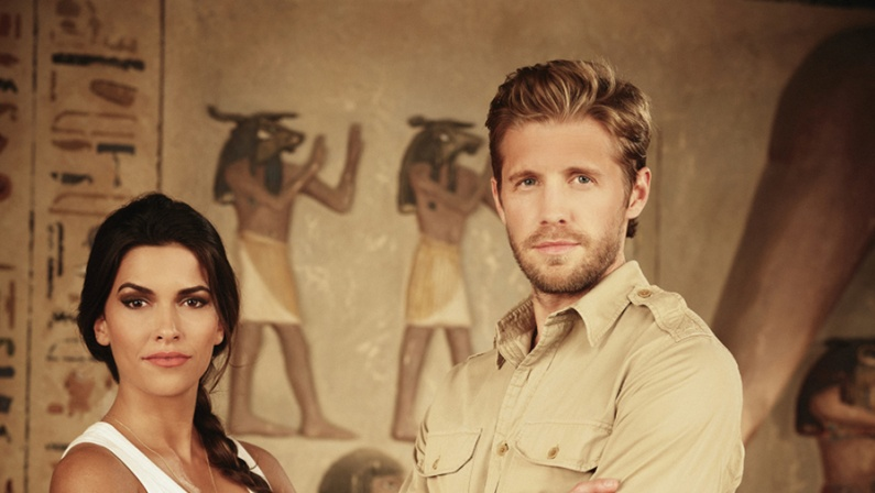 watch Blood & Treasure online