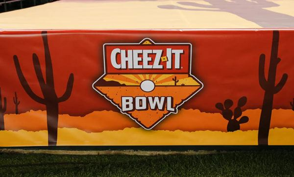 watch the Cheez-It Bowl online